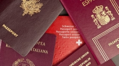 passeport_Photo Gaetan Bally.jpg